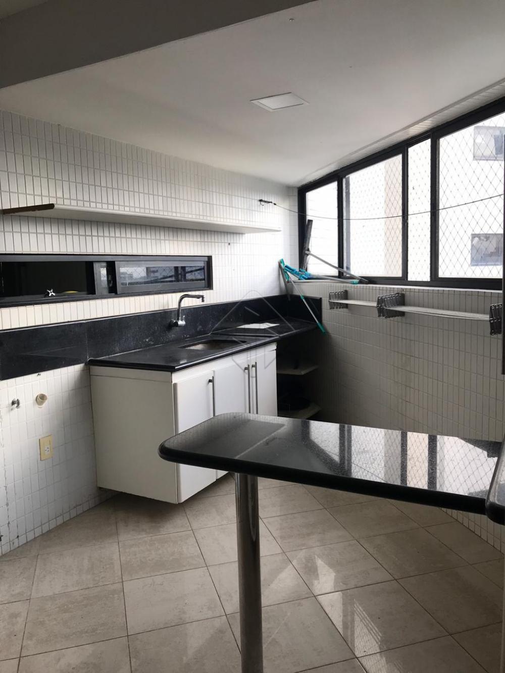 Alugar Apartamento / Padrão em Cabedelo apenas R$ 5.000,00 - Foto 5