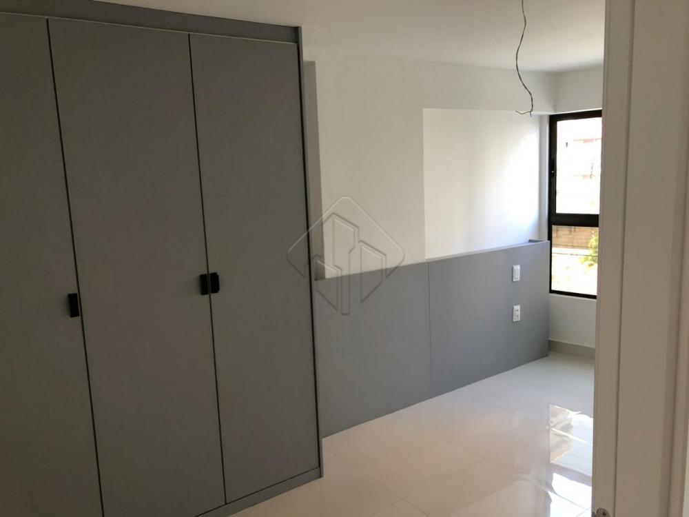 Descrição:  - 1 quarto  - wc social - Cozinha - Sala - 1 vaga de garagem  Prédio possui:  - Piscina - Academia - Lavanderia - Salão de festas - Portaria   AGENDE AGORA SUA VISITA TEIXEIRA DE CARVALHO IMOBILIÁRIA CRECI 304J - (83) 2106-4545