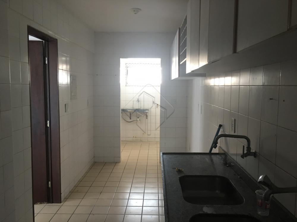 Alugar Apartamento / Padrão em João Pessoa apenas R$ 1.900,00 - Foto 8