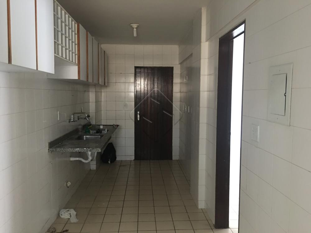 Alugar Apartamento / Padrão em João Pessoa apenas R$ 1.900,00 - Foto 9