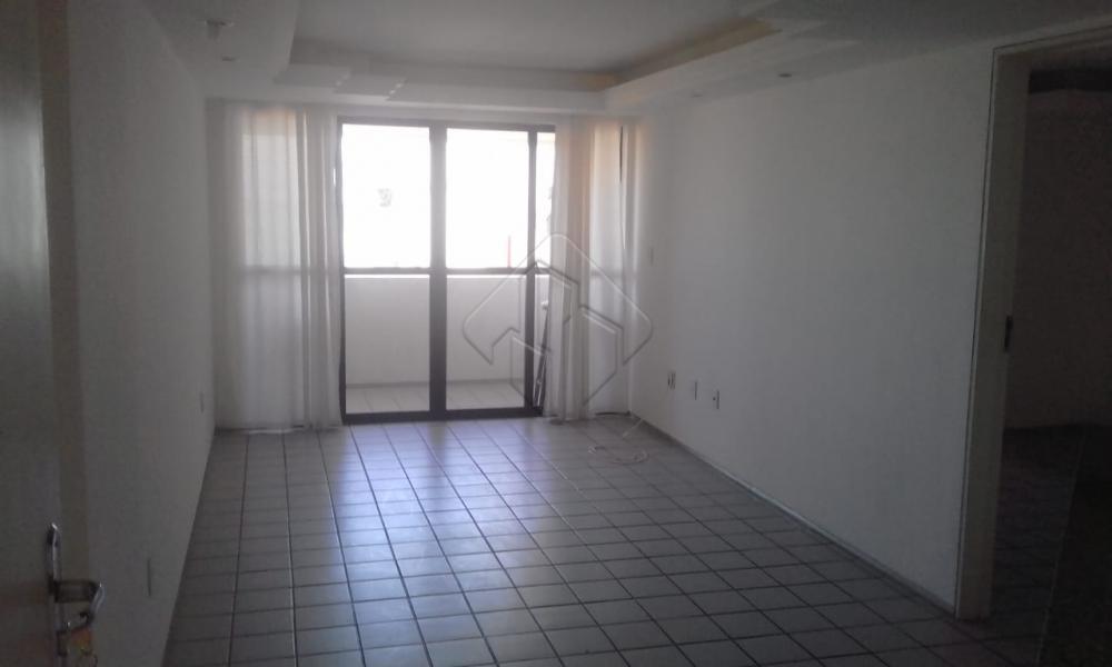 Alugar Apartamento / Padrão em João Pessoa apenas R$ 1.800,00 - Foto 1