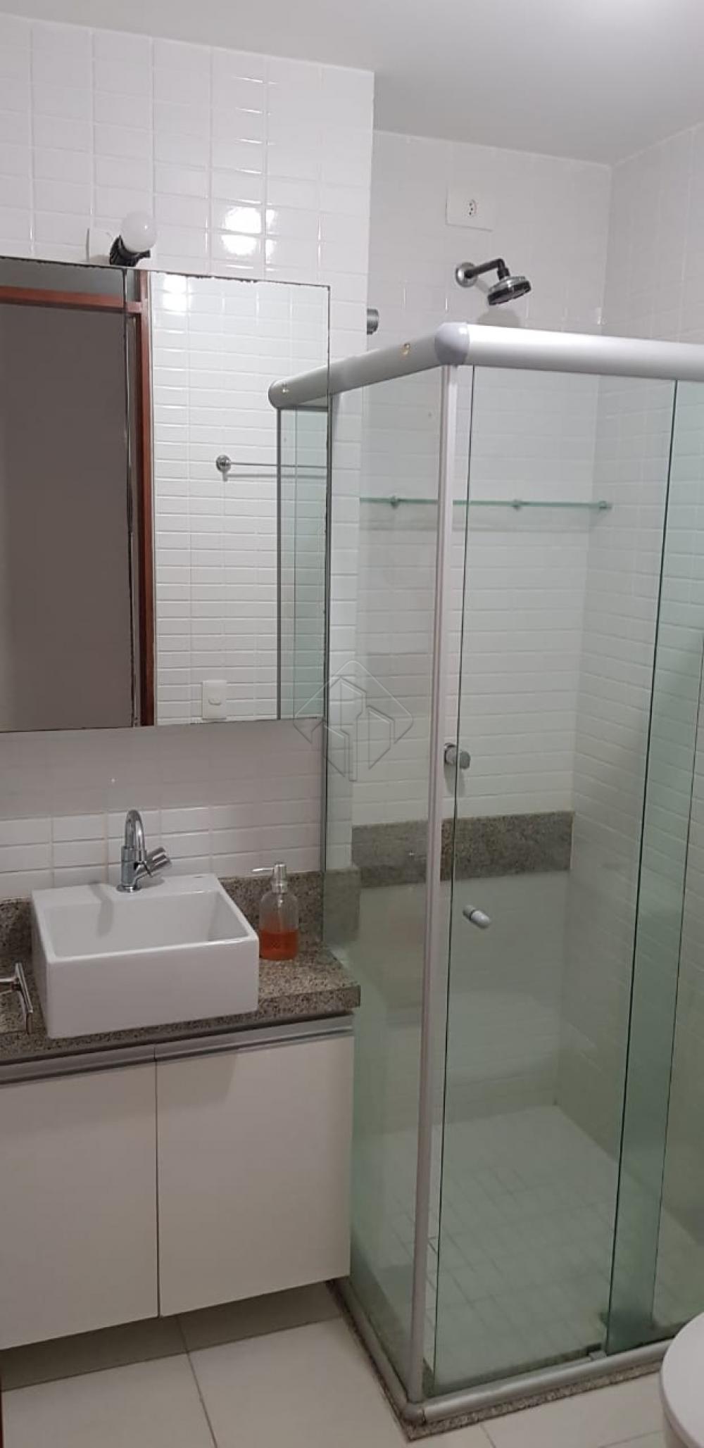 Aluguel  incluso condomínio.  Apartamento todo mobiliado.  Espaço Gourmet na cobertura e piscina com borda infinita.  Água e Gás individual.