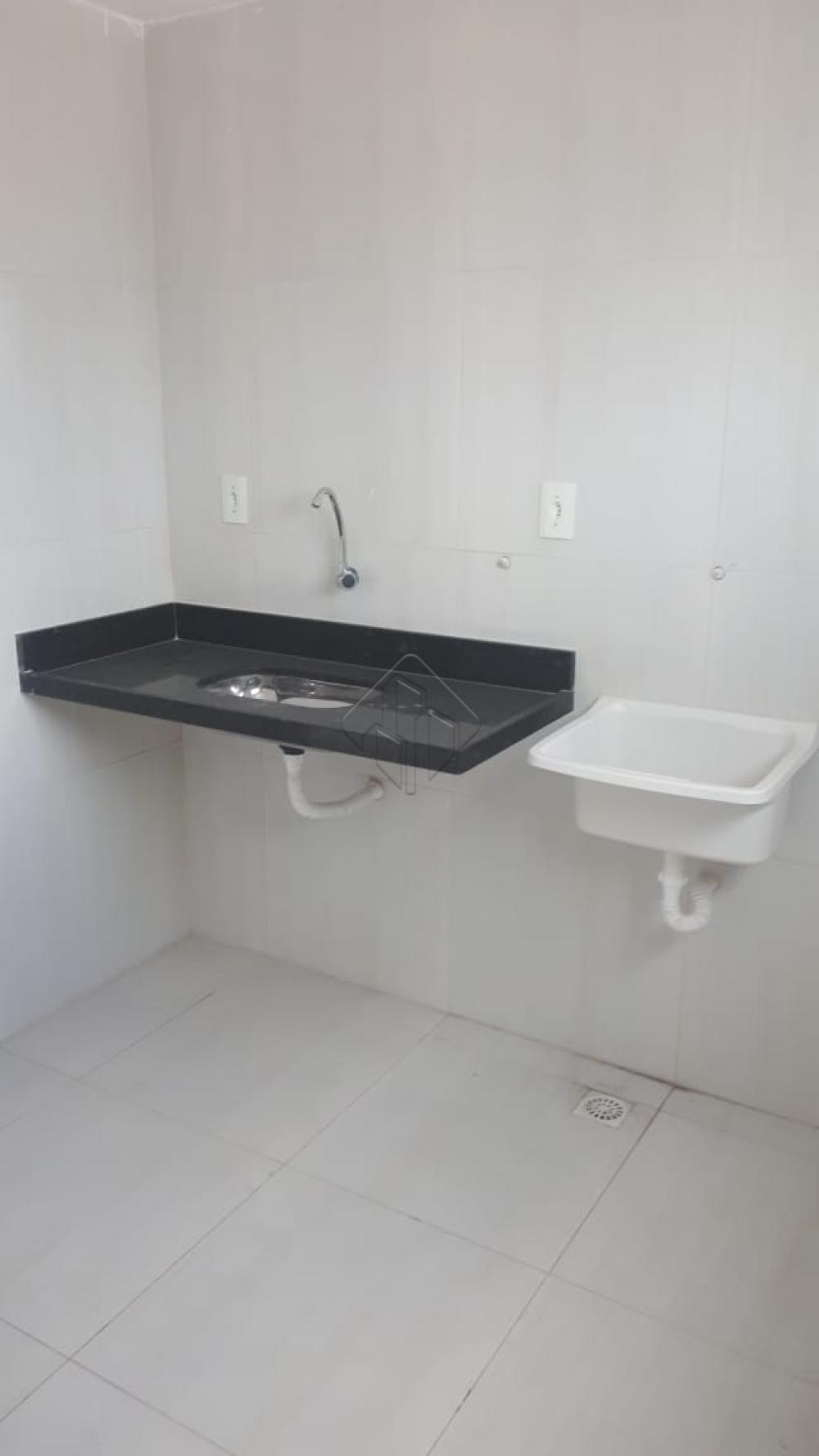 Características do imóvel:  *02 dormitórios, *01 suíte, *Sala,  * Cozinha, *Área de serviço, *Varanda *01 Vaga de garagem.  AGENDE AGORA SUA VISITA TEIXEIRA DE CARVALHO IMOBILIÁRIA CRECI 304J - (83) 2106-4545