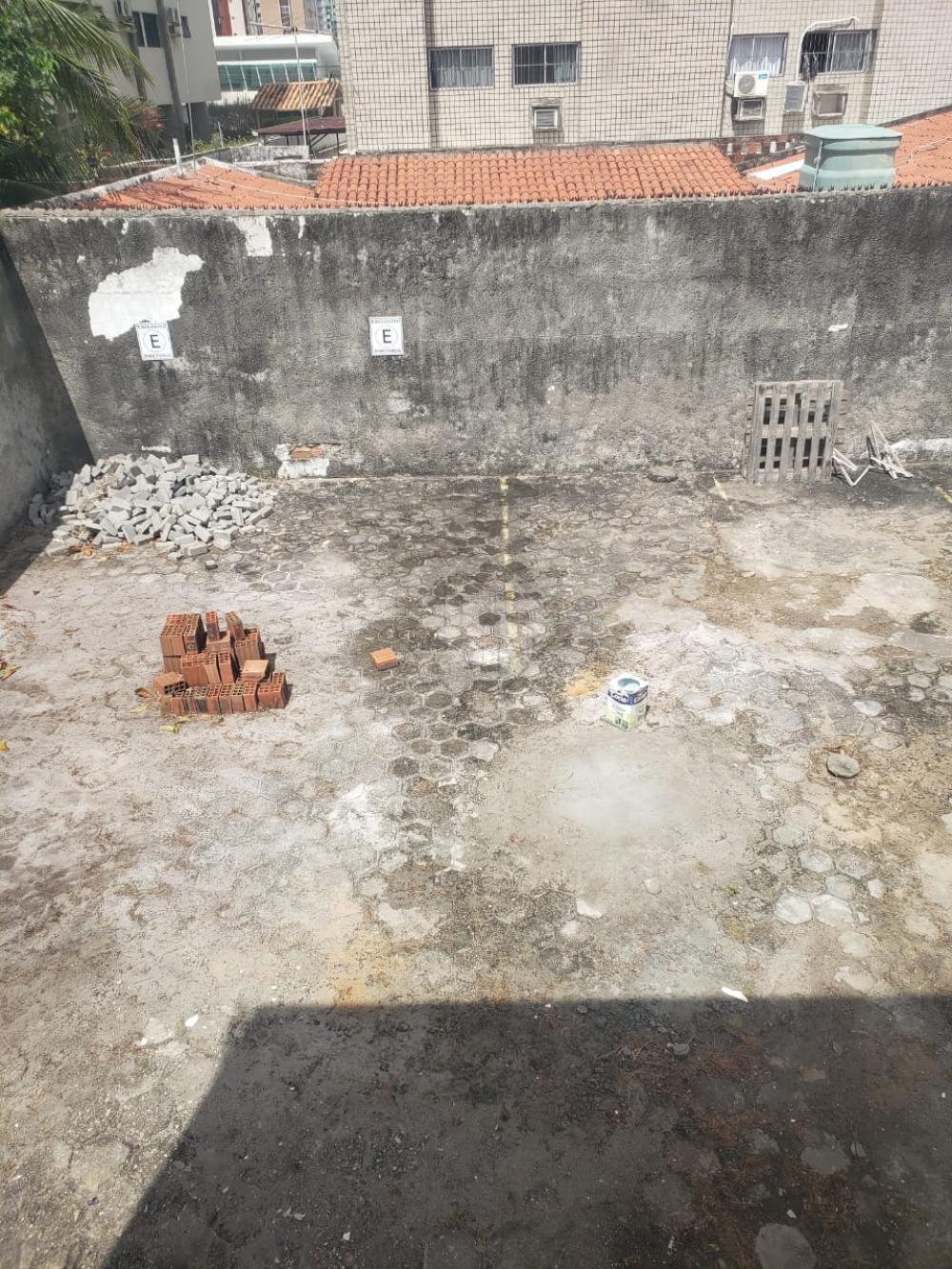 EXCELENTE PONTO COMERCIAL EM TAMBAÚ!!!  PRÉDIO COM 2 PAVIMENTOS E ÁREA PRIVATIVA NA PARTE DE TRÁS PARA ESTACIONAMENTO.  AGENDE AGORA SUA VISITA TEIXEIRA DE CARVALHO IMOBILIÁRIA CRECI 304J - (83) 2106-4545