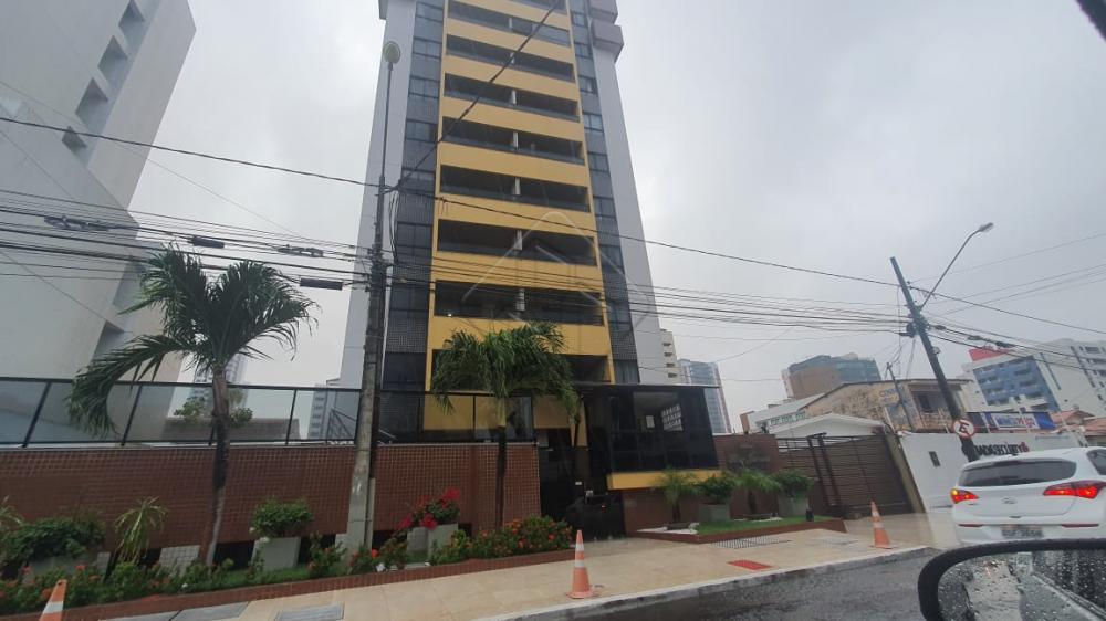 O Edifício Rio Juruá fica localizado no bairro do Manaíra, onde conta com uma grande área comercial, Restaurantes, lanchonetes, supermercados e lojas de diversos seguimentos e ótimos colégios e oferece a oportunidade de morar á poucos minutos do mar.  O Apartamento conta com:  -113 m² -Vista para o Mar -Sala de estar -Sala de jantar -04 Quartos sendo três suítes -WC social -Cozinha -02 Vagas de garagem  O Condomínio conta com:  -Piscina -Salão de festas -Gerador -2 elevadores -Àgua e gás incluso  Marque agora mesmo uma visita e aproveite os melhores momentos com a sua família de casa nova!  AGENDE AGORA SUA VISITA TEIXEIRA DE CARVALHO IMOBILIÁRIA CRECI 304J - (83) 2106-4545