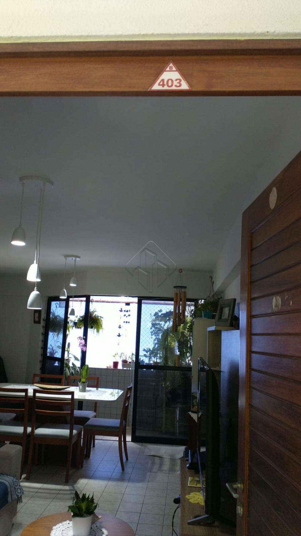 Ótimo Apartamento localizado no Bairro de Cabo Branco próximo de Hotéis, Restaurantes; diversas atrações e a 50 metros do Mar.  O Apartamento conta com:  -78 m² -Sala de jantar -Sala de estar -2 Quartos sendo uma suíte -Dependência -2 WC social -Cozinha com moveis projetados -Varanda -Uma vaga de garagem  O Prédio Possuí  -Salão de Festa -Piscina -Sauna -Água e gás incluso  Marque agora mesmo uma visita e aproveite os melhores momentos com a sua família de casa nova!  AGENDE AGORA SUA VISITA TEIXEIRA DE CARVALHO IMOBILIÁRIA CRECI 304J - (83) 2106-4545