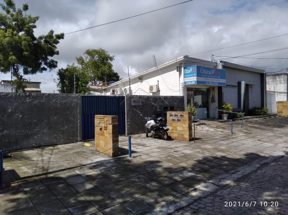 Quitinete para alugar no Centro. - Sala com quarto  - Cozinha americana - Wc social  AGENDE AGORA SUA VISITA TEIXEIRA DE CARVALHO IMOBILIÁRIA CRECI 304J - (83) 2106-4545