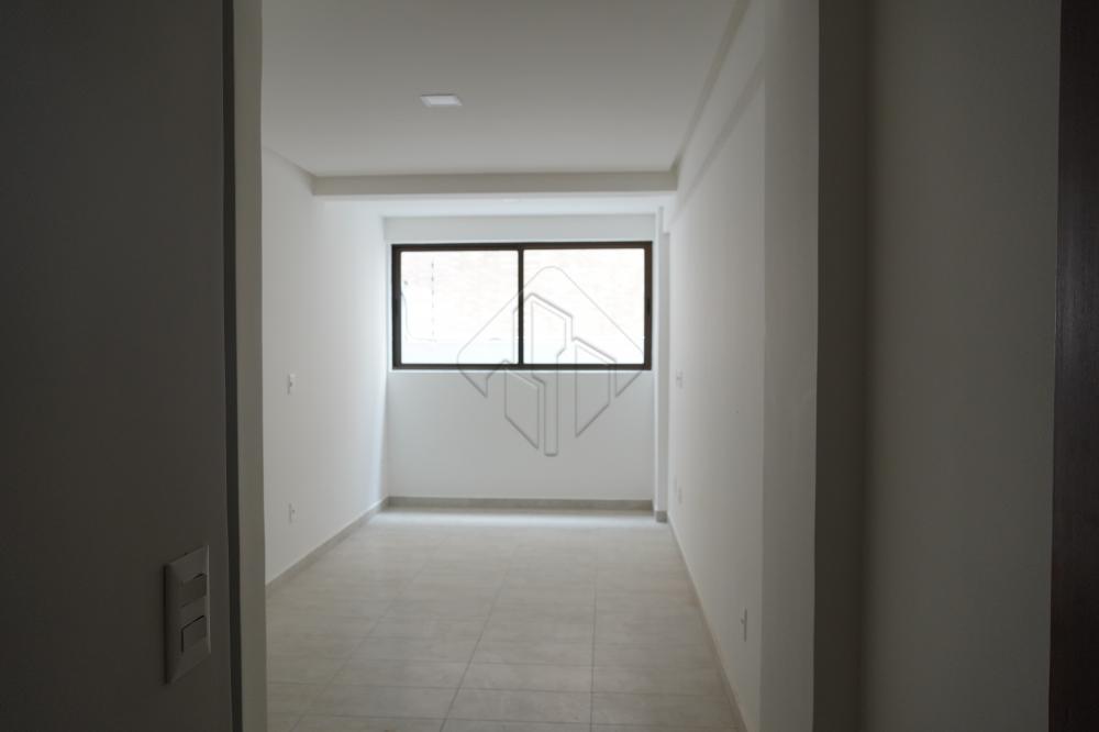 DIGIMOBI Apartamento para alugar nos bancários   2 Quarto s/ 1 Ste; Sala; Cozinha; Wc Social; Área de Serviço; Varanda;  Imóvel novo com móveis nos quartos e banheiros, e Cooktop na cozinha.  Condomínio não incluso no aluguel; Água R$ 68,24 (Até 10m³); Gás e Energia individual.  AGENDE AGORA SUA VISITA TEIXEIRA DE CARVALHO IMOBILIÁRIA CRECI 304J - (83) 2106-4545
