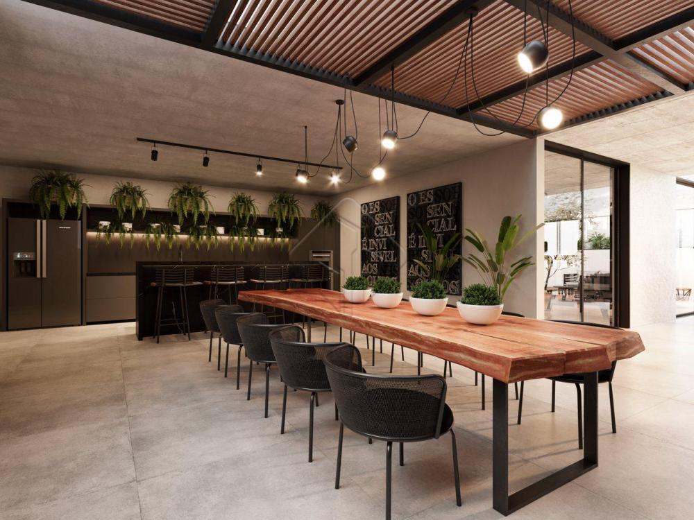 O WAY é inovador nas combinações multiconectáveis vertical ou horizontalmente dos apartamentos, no modo de conversar com o bairro, na forma de ser empreendimento. Cada detalhe foi pensado e projetado para usos, experiências e pessoas plurais, proporcionando um estilo de vida contemporâneo e confortável.  Módulos multiplicáveis de 19.63m² a 30m²  Na Av. Epitácio Pessoa, entre Tambaú e Cabo Branco  A apenas 50m da orlaPerto de tudo que facilita seu dia a dia  Além do residencial, o WAY Experience é gentil com a cidade: possui espaço de gastronomia e entretenimento, inspirado nas grandes metrópoles, que completa o estilo moderno e convidativo do empreendimento. Com Pocket Park, Food Hall, Way Café, Coworking e muito mais, o térreo do WAY é para todos.  Seu blend de ambientes e funcionalidades reúne serviços Pay Per Use, lavanderia compartilhada, guarda volumes refrigerado, Wi-fi nas áreas comuns e inúmeros detalhes que fazem do WAY um local de experiências superiores.