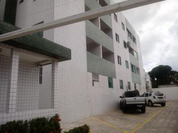 Alugar Apartamento / Padrão em João Pessoa. apenas R$ 170.000,00