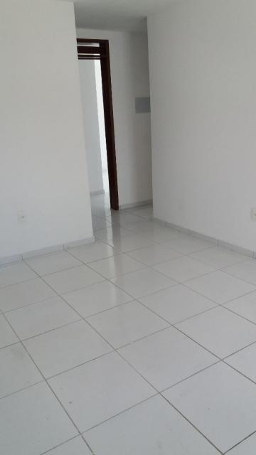 Apartamento / Padrão em João Pessoa Alugar por R$1.200,00