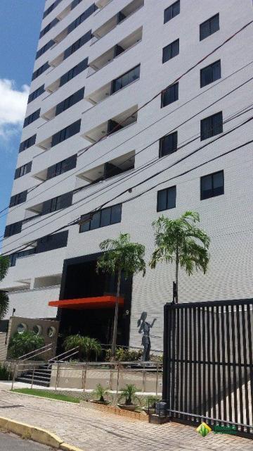 Apartamento / Padrão em João Pessoa