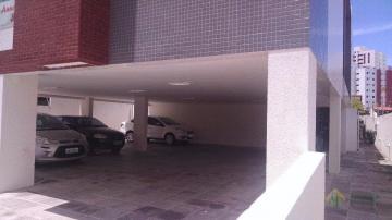 Alugar Apartamento / Padrão em João Pessoa. apenas R$ 220.000,00