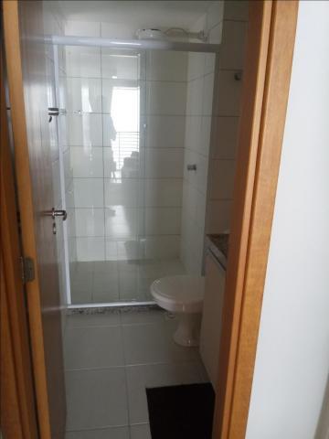 Alugar Apartamento / Padrão em João Pessoa. apenas R$ 2.500,00