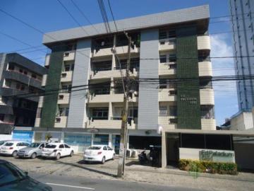 Alugar Apartamento / Padrão em João Pessoa. apenas R$ 1.200,00