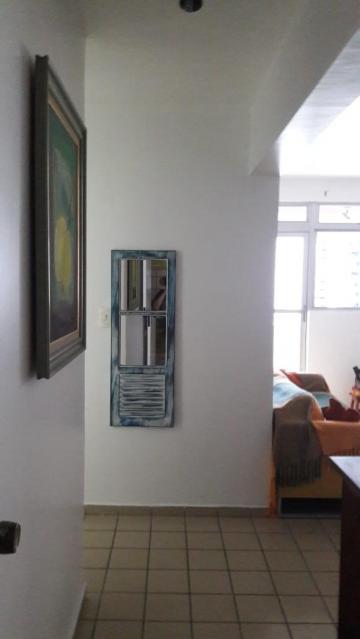 Alugar Apartamento / Padrão em João Pessoa. apenas R$ 250.000,00