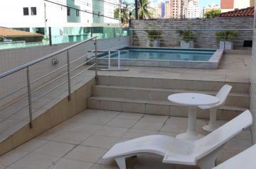 Apartamento / Padrão em João Pessoa Alugar por R$1.900,00