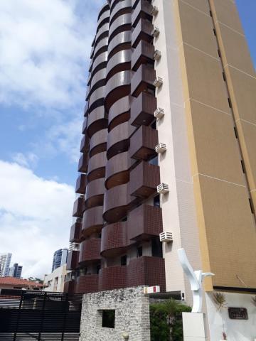 Alugar Apartamento / Padrão em João Pessoa. apenas R$ 1.700,00