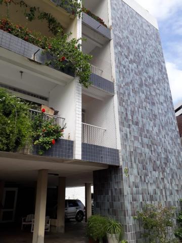 Apartamento / Padrão em João Pessoa Alugar por R$2.000,00
