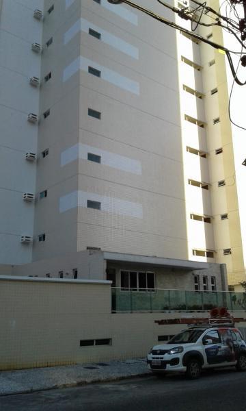 Comprar Apartamento / Padrão em João Pessoa. apenas R$ 395.000,00