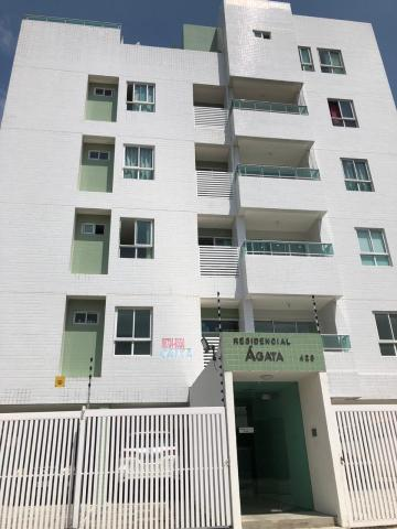 Apartamento / Padrão em Cabedelo , Comprar por R$240.000,00