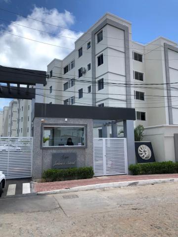 Apartamento / Padrão em Cabedelo Alugar por R$1.400,00