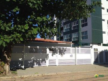 Alugar Casa / Padrão em Cabedelo. apenas R$ 2.100.000,00
