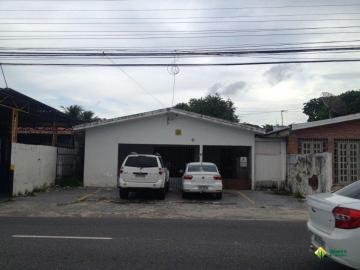 Casa / Padrão em João Pessoa Alugar por R$2.500,00