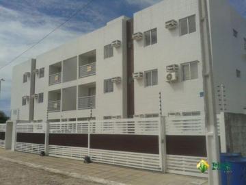 Alugar Apartamento / Padrão em Cabedelo. apenas R$ 1.300,00
