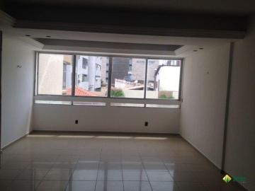 Apartamento / Padrão em João Pessoa Alugar por R$2.100,00