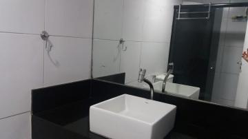 Alugar Apartamento / Padrão em João Pessoa. apenas R$ 350.000,00