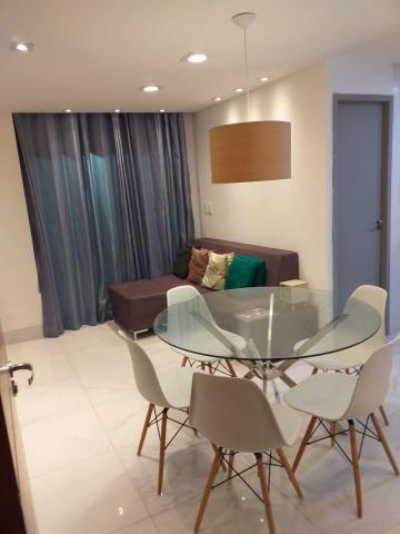 Alugar Apartamento / Padrão em João Pessoa. apenas R$ 1.800,00