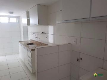 Alugar Apartamento / Padrão em João Pessoa. apenas R$ 300.000,00
