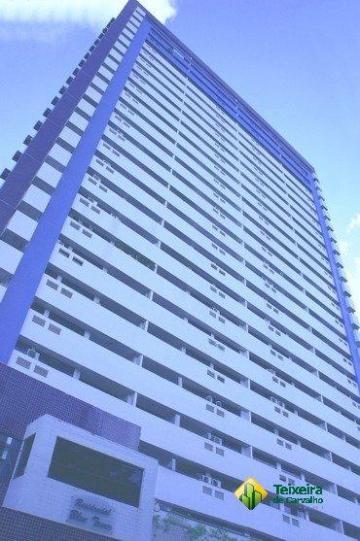 Alugar Apartamento / Padrão em João Pessoa. apenas R$ 400.000,00