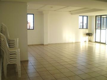 Alugar Apartamento / Padrão em João Pessoa. apenas R$ 160.000,00