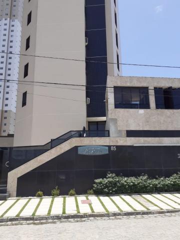 Apartamento no bairro do Aeroclube para alugar.  - 3 dormitórios sendo 3 suítes, dormitório de serviço c/ banheiro, lavabo, 2 salas grandes, area de serviço, cozinha c/ armários, guarda roupa nos quartos.  - Prédio com Piscina - 2 vagas de garagem  - Salão de festa  AGENDE AGORA SUA VISITA TEIXEIRA DE CARVALHO IMOBILIÁRIA CRECI 304J - (83) 2106-4545