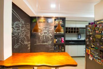Apartamento / Padrão em João Pessoa , Comprar por R$300.000,00
