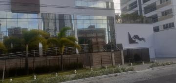 Apartamento Nascente/Norte; 03 Quartos, s/ 01 suíte; Sala para 02 ambientes; Cozinha Projetada; DCE; Varanda Gourmet; 02 Vagas de Garagem; Área de lazer completa.