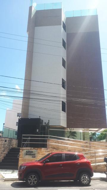 Apartamento para alugar no Cabo Branco  2 Quarto s/ 1 Ste + 01 reversível; Sala; Cozinha; Wc Social; Área de Serviço; 01 VG de Garagem.  Imóvel novo com móveis na cozinha e banheiros.  AGENDE AGORA SUA VISITA TEIXEIRA DE CARVALHO IMOBILIÁRIA CRECI 304J - (83) 2106-4545