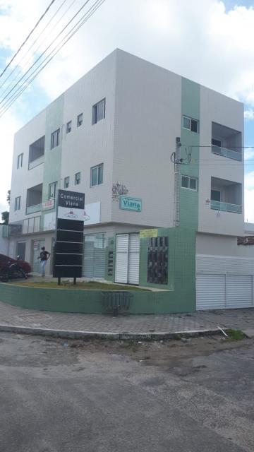 apartamento padrao com dois quartos sendo uma suite sala cozinha wc social area de servico e varanda